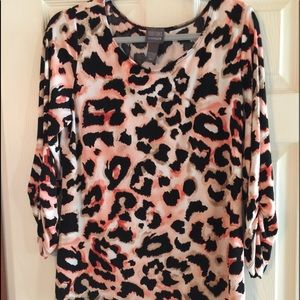 Chico's blouse Chico's size 2 which is a large